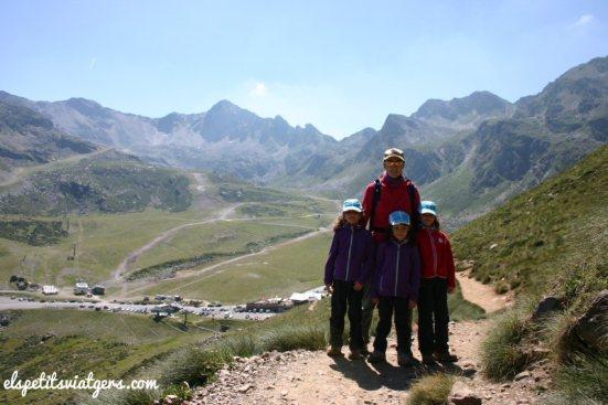 Al fons es veuen les pistes d'esquí d'Ordino-Arcalís
